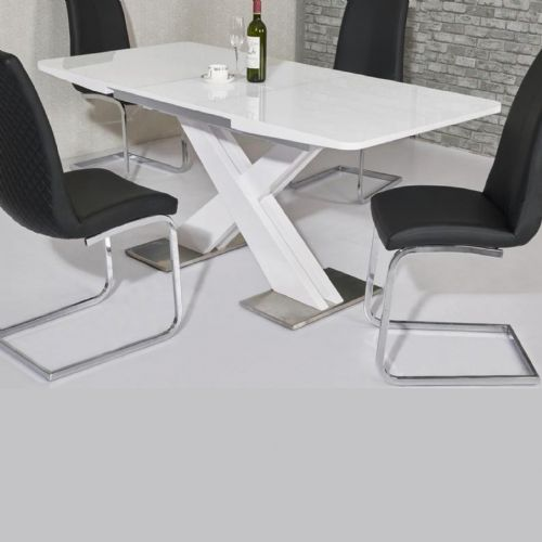 JP DT5506 Dining table140/180 cm White Gloss (Medium) & JP CH998 Black Chairs From Jesse plana